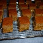 Honey cakes with chili  - klar til chokoladeovertræk