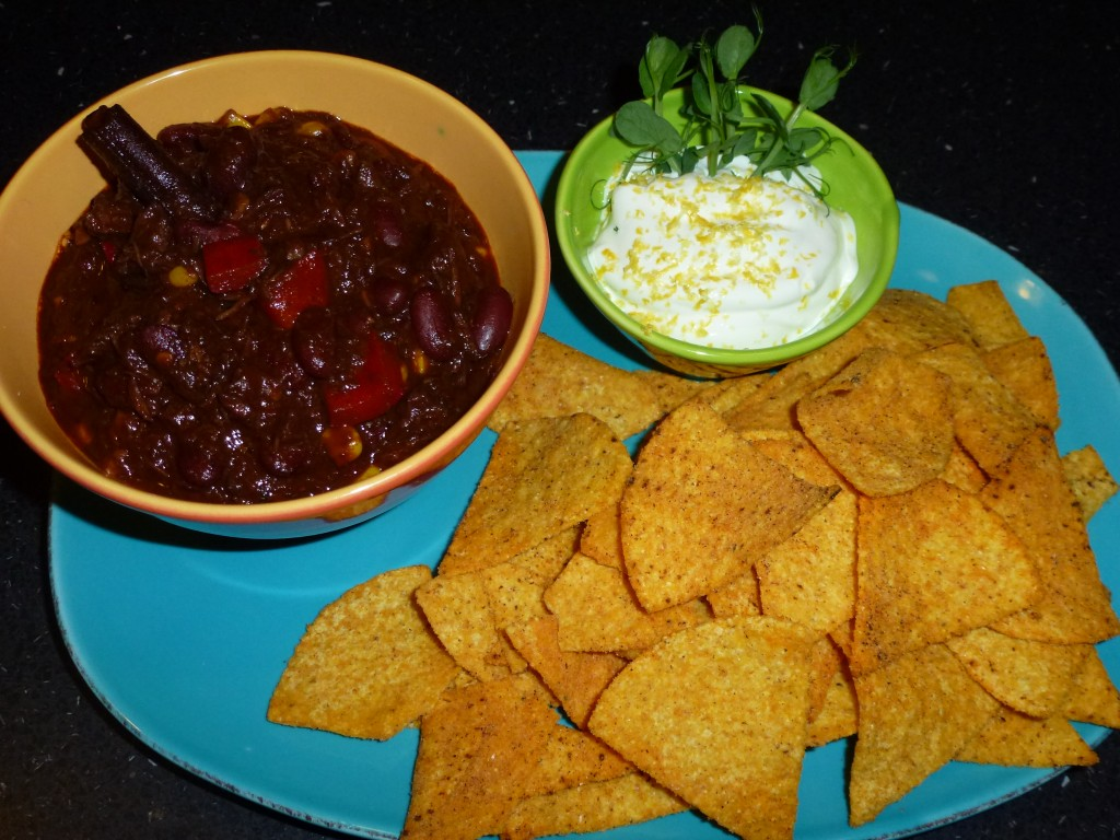 Chili con carne (will be translated upon request)