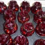 Syltede rødbeder med chili og nelliker - færdigfyldte