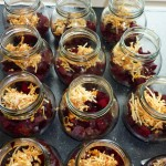 Syltede rødbeder med chili og nelliker - med lidt af peberrodsblandingen