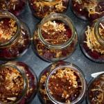 Syltede rødbeder med chili og nelliker - og med lidt af nellikeblandingen