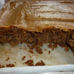 Banana cake with chili and thick caramel topping - der må smages