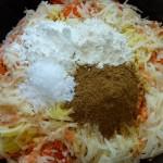 Vegedeller med chili, søde kartofler, selleri og kartofler - mel, majsmel, salt, spidskommen og korianderfrø