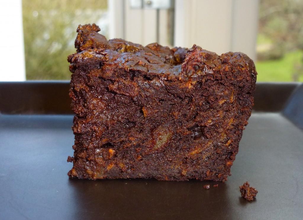 Chokolade-konfektkage med chili - servering