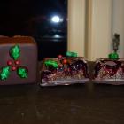 Hjemmelavet marcipan med kaffe, solbær og chili - fyldte chokolader